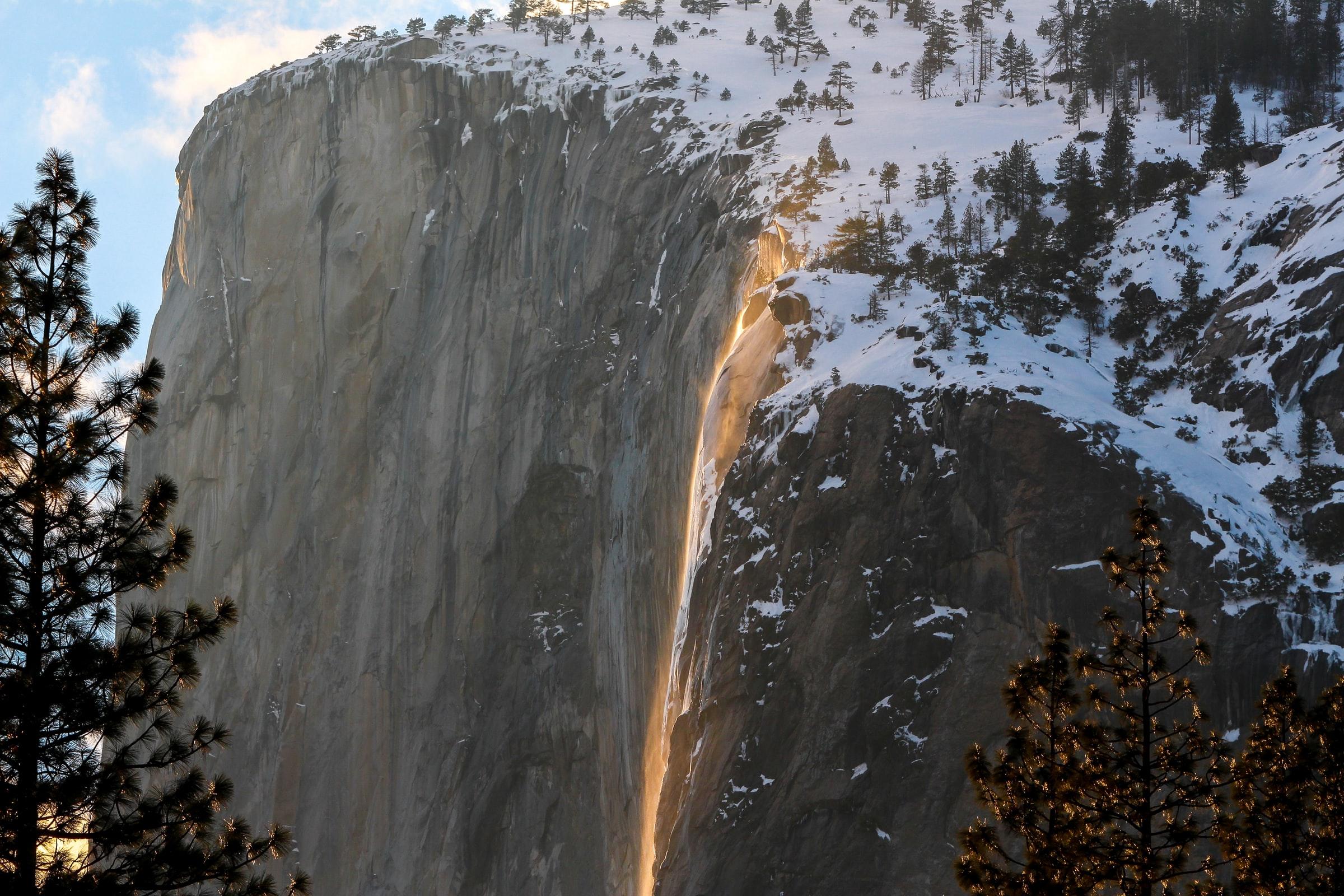 Yosemite's Horsetail Fall – February Firefall