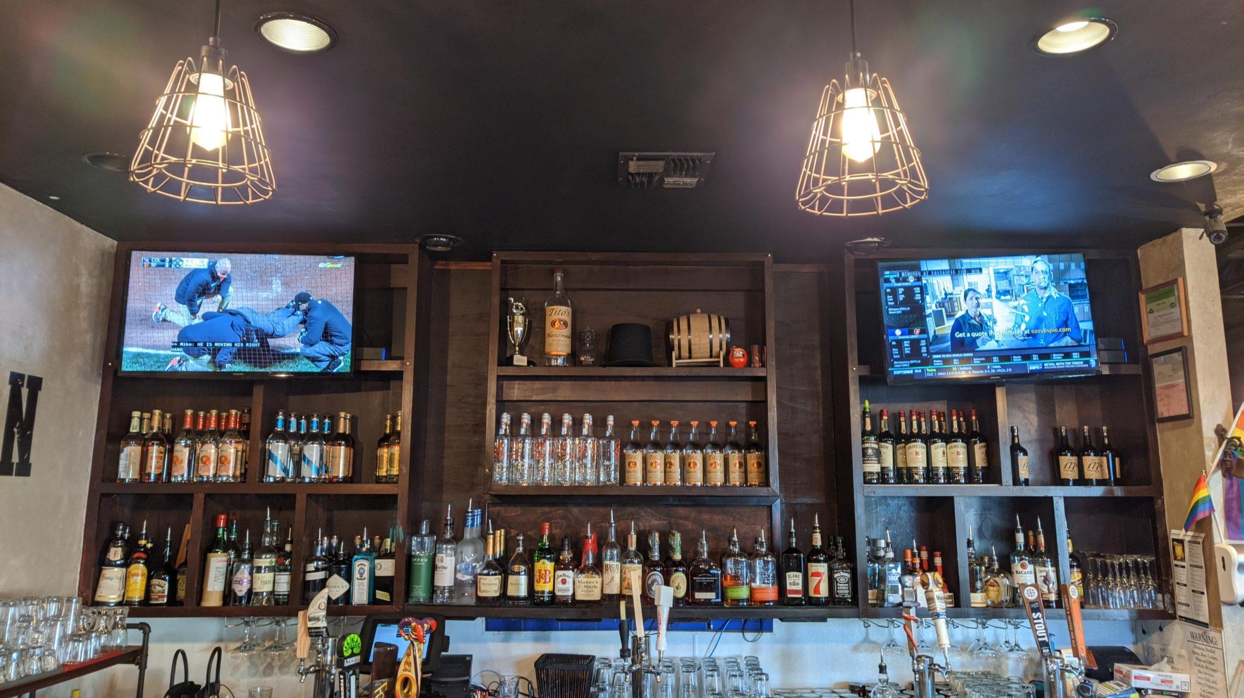 Fresno: Lincoln's Pub & Grub